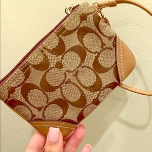 BRAND NEW without tags Fall fav Coach Wristlet!